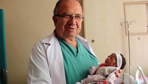 Kadın doğum uzmanı 31 yılda 45 bin doğum yaptırdı
