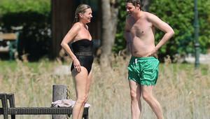 Kate Moss kilolarından hala kurtulamadı