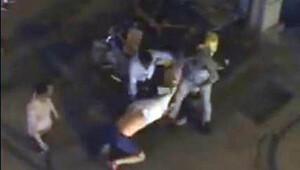 Kız arkadaşının yanında tekme tokat dövdüler