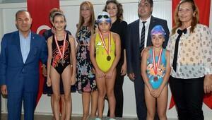 Büyükşehir'den yüzme havuzu