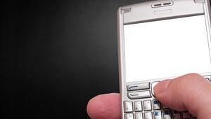 'Eşimin telefonunu alıp diğer adamla mesajlaştım'