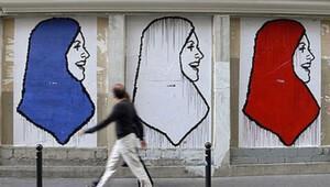 Fransa'daki Müslümanlar kara kara düşünüyor