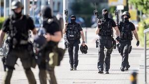 Almanya'daki saldırganın silahı kurusıkı tabanca çıktı