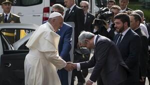 Papa bir kez daha 'soykırım' dedi