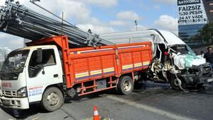 Bağcılar'da korkunç kaza: 4 yaralı