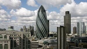 Bazı büyük şirketler Londra'da çıkmayı düşünüyor