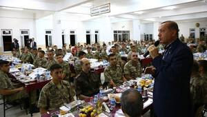 Erdoğan Cizre'de askerlerle iftar yaptı