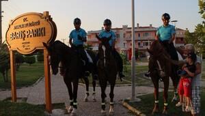 Atlı polisler görevde