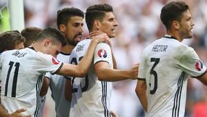 Almanya Slovakya'yı 3 golle devirdi (Maç özeti)