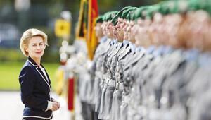 Alman Savunma Bakanı bizzat geliyor