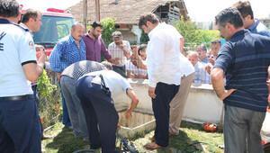 Baba-oğul, su kuyusunda boğularak can verdi
