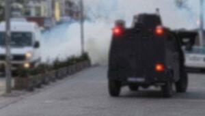 Diyarbakır'da polis aracına bombalı silahlı saldırı