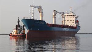 Gazze'ye yardım götürecek 'Lady Leyla' Mersin Limanı'nda