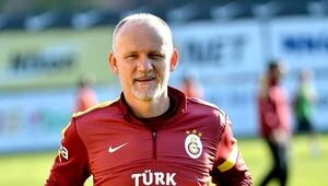Taffarel 2 yıl daha Galatasaray'da
