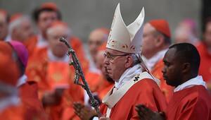 Papa Françesko Türk halkı için dua etti