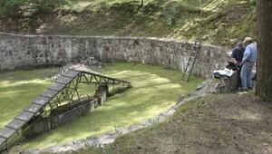 Kaşıklarla kazılmış 'Nazilerden kaçış tüneli' bulundu