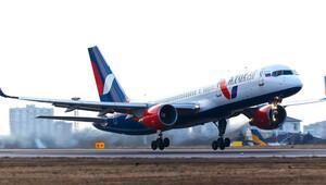 Antalya, Rusya'dan ilk charter uçağı bekliyor