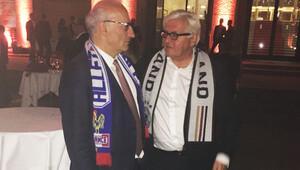 Almanya Dışişleri Bakanı maç 2-0 bitince ne yaptı