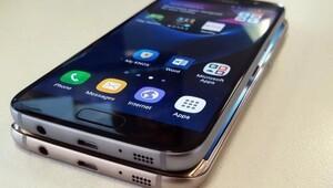 Galaxy S7 Samsung'un yüzünü güldürdü
