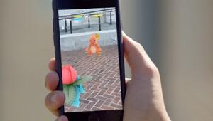Pokemon Go sosyal medya uygulamalarını ezdi
