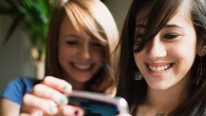 Telefonda oyun oynayanların yüzde 44'ü kadın