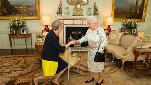İngiltere'nin yeni başbakanı resmen o