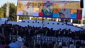 İTÜ mezuniyetinde sırtlarını dönerek protesto ettiler