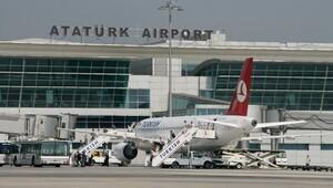 Atatürk Havalimanı'nda uçuşlar normale dönmeye başlıyor