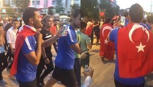 Eski Fenerbahçeli Dos Santos, Türk bayrağıyla yürüdü