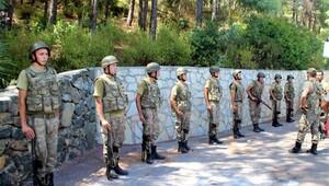 Marmaris'te kaçan askerler için operasyon