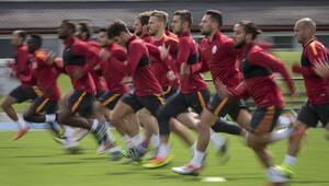 Sarı kırmızılı takım 5 oyuncuyla yollarını ayıracak...