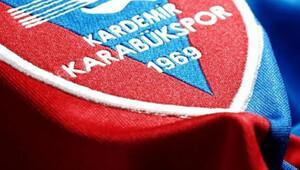 Kardemir Karabükspor'tan 22 oyuncuya toplu imza töreni!