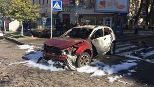 Ünlü gazeteciye Kiev'de bombalı saldırı
