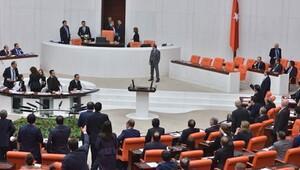 Meclis'te operasyon: 8 üst düzey yönetici görevden alındı