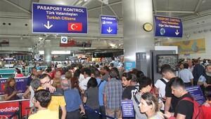 Yurtdışı çıkışlarda biyometrik kontrol uygulaması durduruldu