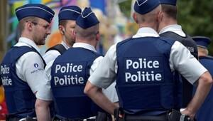 Darbe girişimi gecesi Türk vatandaşlarına megafon kullandıran polisler hakkında soruşturma açıldı