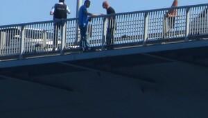 Boğaziçi Köprüsü'nde albay intihar girişiminde bulundu