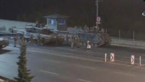 Tek başına tankların karşısına dikildi