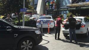 Polis, Yüksel-Karkın Avukatlık Ortaklığı'nda arama yaptı