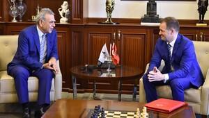 Arnavutluk Büyükelçisi, İzmir'de Kocaoğlu'nu ziyaret etti