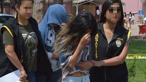 Üniversiteli kızlara fuhuş tuzağı