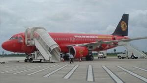 Manchester United'ın uçağı havada kayboldu!