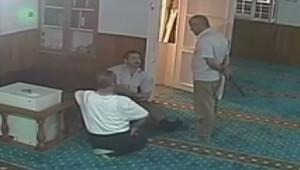 Cami görevlisine palayla saldıran zanlı yakalandı