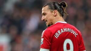 İbrahimovic ayağının tozuyla Manchester'ı karıştırdı