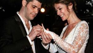 Ari Barokas ile oyuncu Asu Emre, boşanma kararı aldı