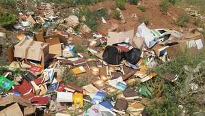 Dere yatağında Gülen'e ait kitaplar bulundu