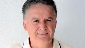 Eski Askeri Savcı Ahmet Zeki Üçok: Bu süreçteki en kör şahıs sayın Özel'di