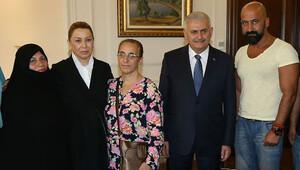 Darbe girişimine direnen vatandaşlar Başbakan ile buluştu