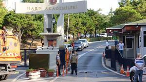 Harp Akademileri Komutanlığı'nda 44 gözaltı