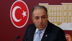 'Batı medyası üç maymunu oynasa da siyasi, Türkiye halkı zaferini kutluyor'